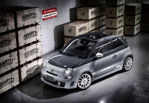 Abarth 500C essesse. Photo by netcarshow.com