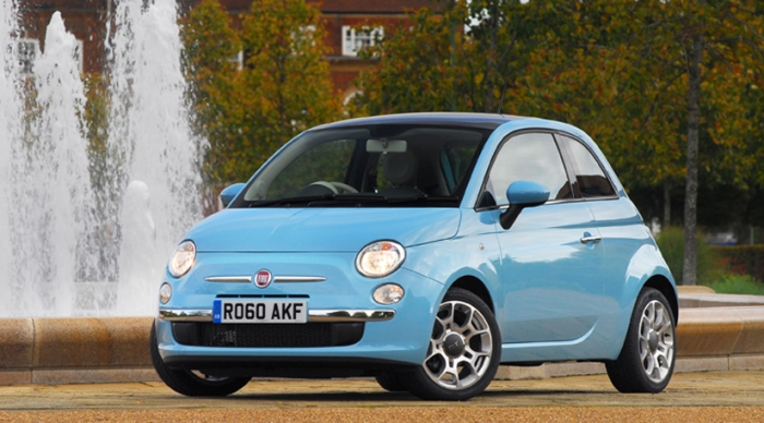 Fiat 500, now with better engines to face new rivals. Photo by carmagazine.co.uk