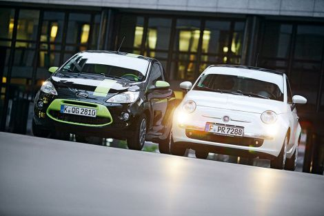 Ford Ka and Fiat 500, both made by Fiat Poland. Photo by auto-motor-und-sport.de