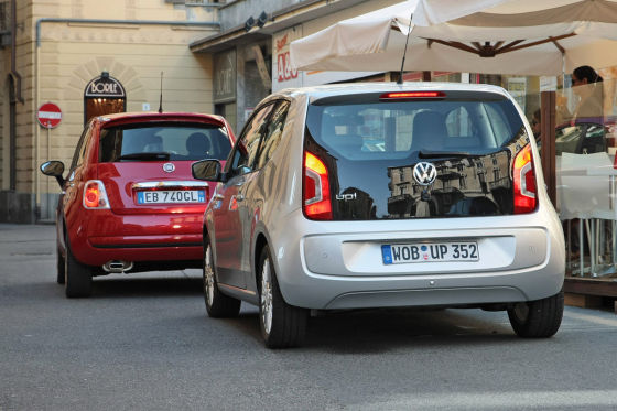VW Up! and Fiat 500. Photo by autobild.de