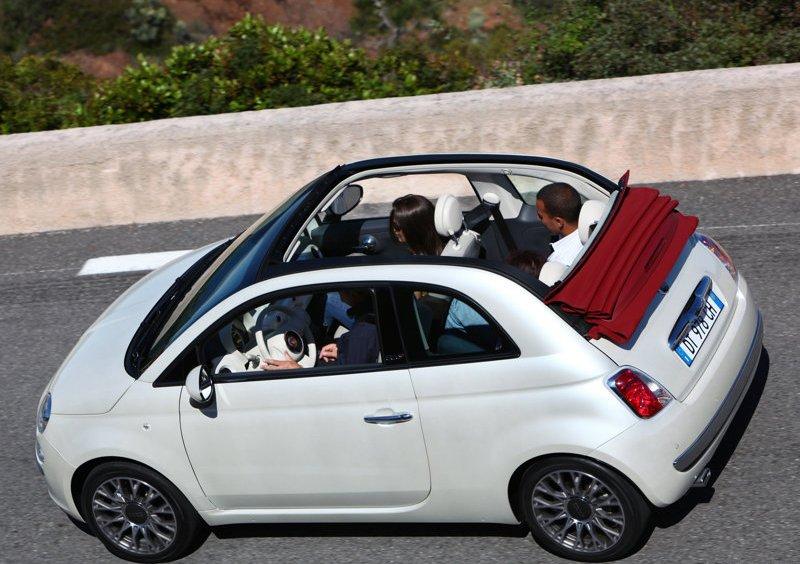Fiat 500C. Photo by netcarshow.com