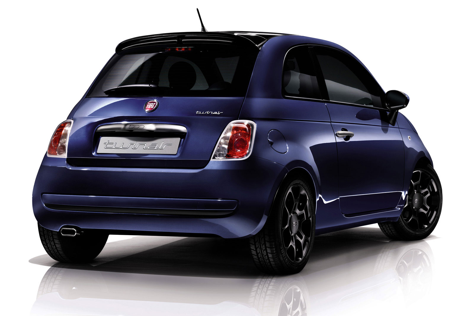 fiat in trouble vw up hits the market fiat group 39 s world. Black Bedroom Furniture Sets. Home Design Ideas