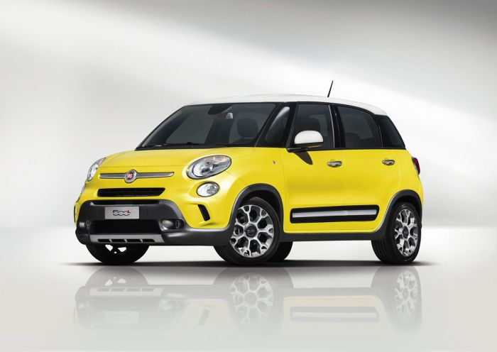 The Fiat 500L Trekking should boost 500L sales as it is half of the way between a small MPV and SUV. For a real 4WD Fiat must wait till the 500X is presented, maybe in Frankfurt 2013?