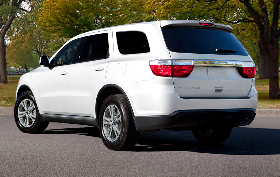 Dodge-Durango-SUV-2013-Rear_View