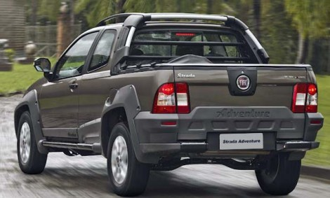 Fiat-Strada-2013-02