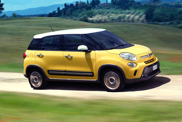 The Fiat 500L Trekking is going to be first negatively affected with the arrival of the Fiat 500X. It will be located between the versatility of the 500L and the capable 500X.