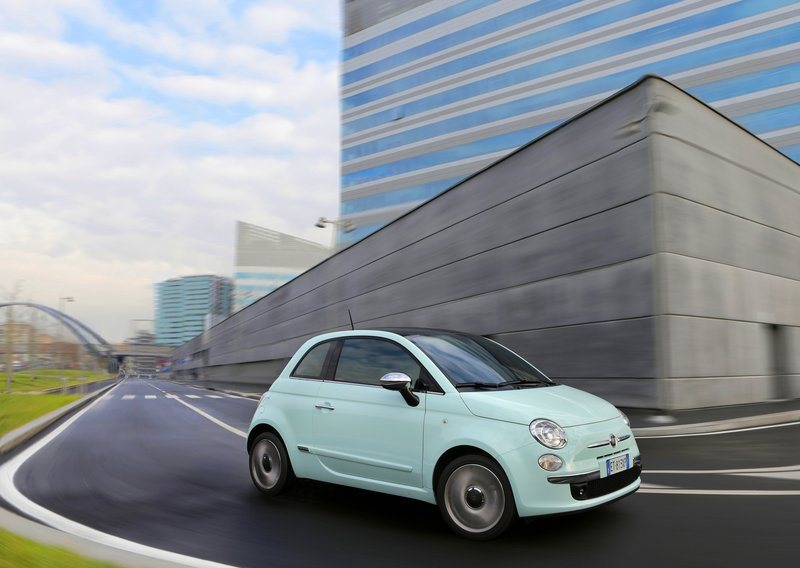 Fiat-500_Cult_2014_800x600_wallpaper_05