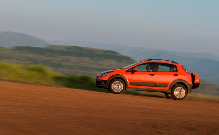 The Avventura is Fiat's latest launch in India. It is based on the Punto and is intended to compete with the real B-SUVs such as the Ford Ecosport and Renault Duster. Photo by: autocolumn.com